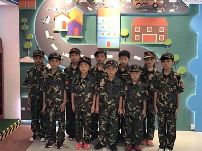 风雨无阻,小童军们来学习安全知识喽!